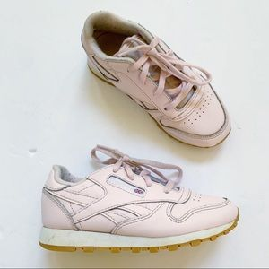 Reebok Pink LeatherClassic Sneakers Girls Size 10